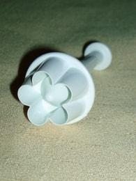 PME Pístový vypichovač květina kulatá 13mm